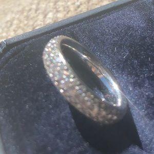 Jewelry - Micro pave diamond infinity comfort band